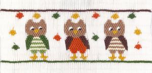Cross-eyed Cricket  CEC267 Wise Owls Smocking Plate