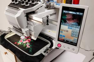 Brother PR1000E DEMO Entrepreneur Pro 10 Needle Embroidery Machine, 17Extras $3200 Values* Roll Stand, 270° Cap Eq, Ext Table, 5Hoops StartKit Winder
